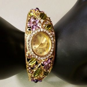 Accessories - Women's Floral Bracelet Watch